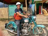 Thomas Schneider - Fun mit Royal Enfield in Bir (Indien)