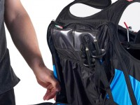 Spacious rear pocket with dedicated telescopic poles container