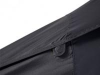 Leg cover closing magnet